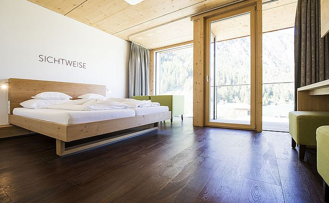 Clarity lake view double room